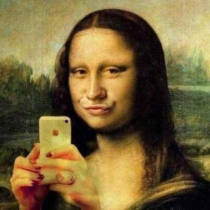 Duck Lips on Mona!
